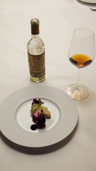 Château D'Yquem 1955 with Foie gras and palm sugar mousse, poached cherries, pain d'épices
